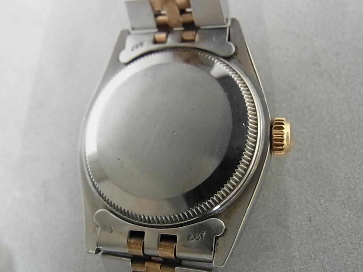 ロレックスデイトジャスト6827 59~シリアル(ロレックスデイトジャスト6827、シリアル59~番とは、1979年ごろにかけて製造されたロレックスデイトジャストである事を意味しています)の売却実績と裏蓋画像