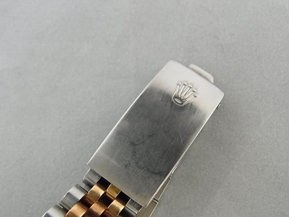 ロレックスデイトジャスト6827 59~シリアル(ロレックスデイトジャスト6827、シリアル59~番とは、1979年ごろにかけて製造されたロレックスデイトジャストである事を意味しています)の高価売却とバックル画像