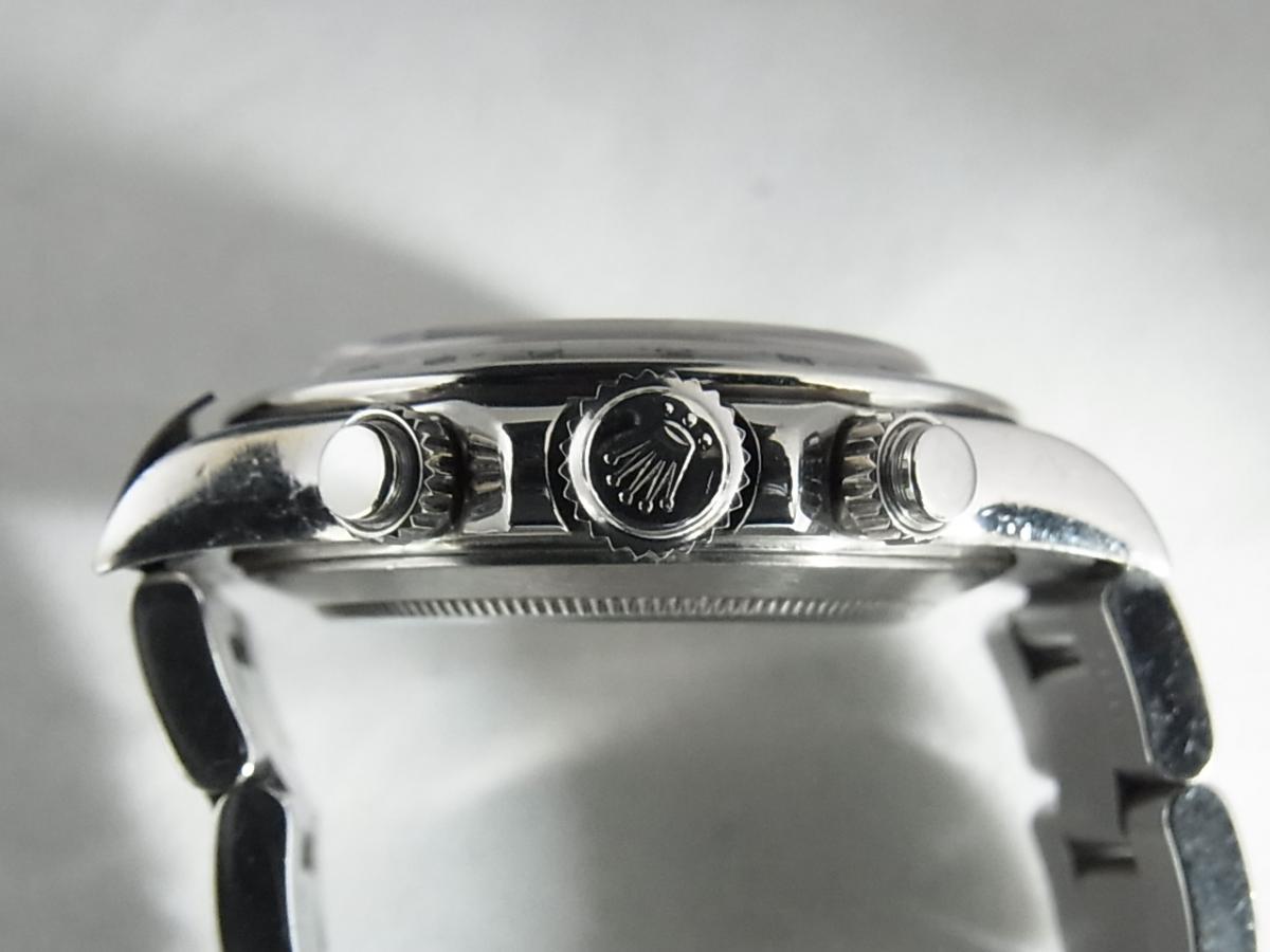 ロレックスデイトナ16520 T番シリアル(ロレックスデイトナ16520 T番シリアルとは、1996年製造のロレックスデイトナ16520モデルであることを意味しています。)の買い取り実績と3時リューズサイド画像