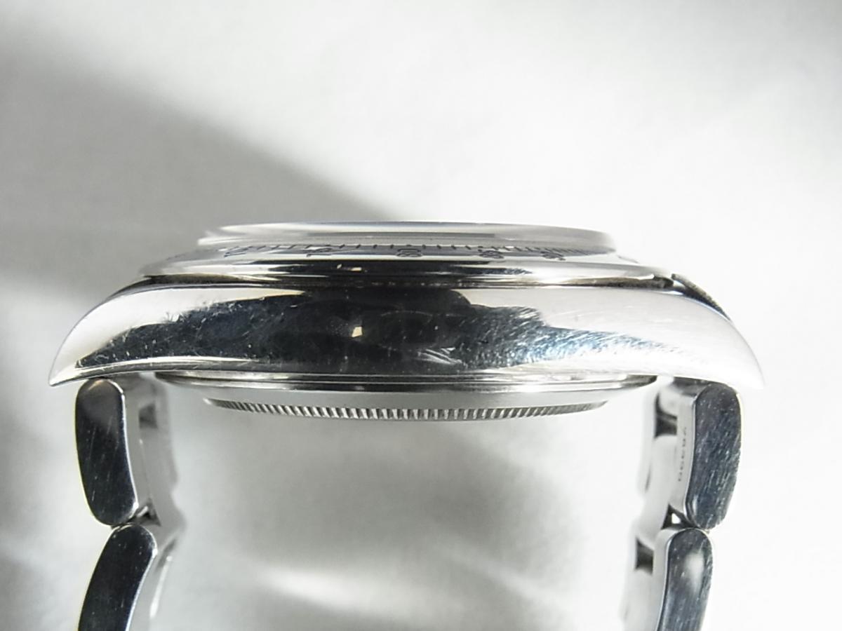 ロレックスデイトナ16520 T番シリアル(ロレックスデイトナ16520 T番シリアルとは、1996年製造のロレックスデイトナ16520モデルであることを意味しています。)の高額売却実績と9時ケースサイド画像