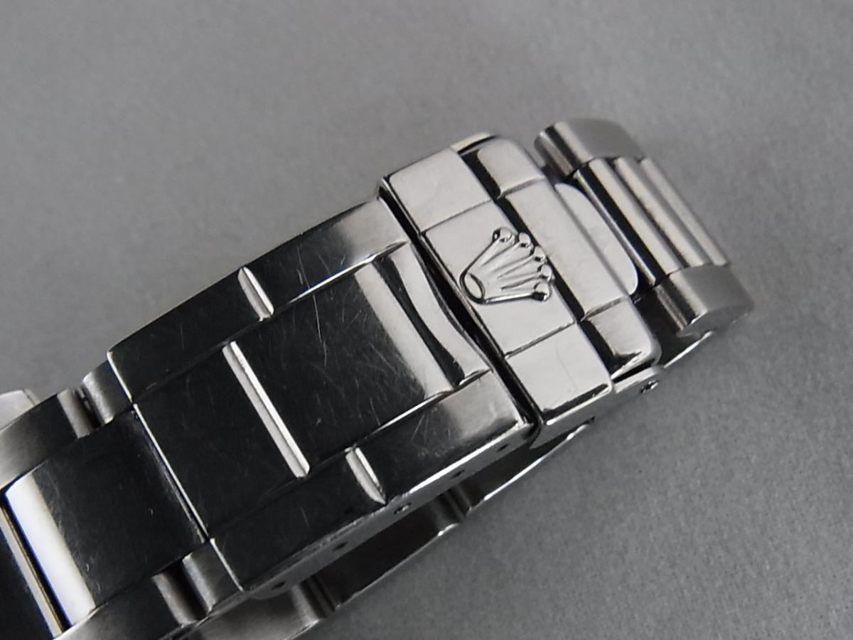 ロレックスデイトナ16520 T番シリアル(ロレックスデイトナ16520 T番シリアルとは、1996年製造のロレックスデイトナ16520モデルであることを意味しています。)の高価売却とバックル画像