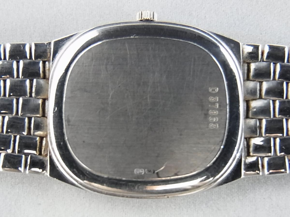 オーデマピゲコブラホワイトゴールドダイヤモンド針D37863の売却実績と裏蓋画像