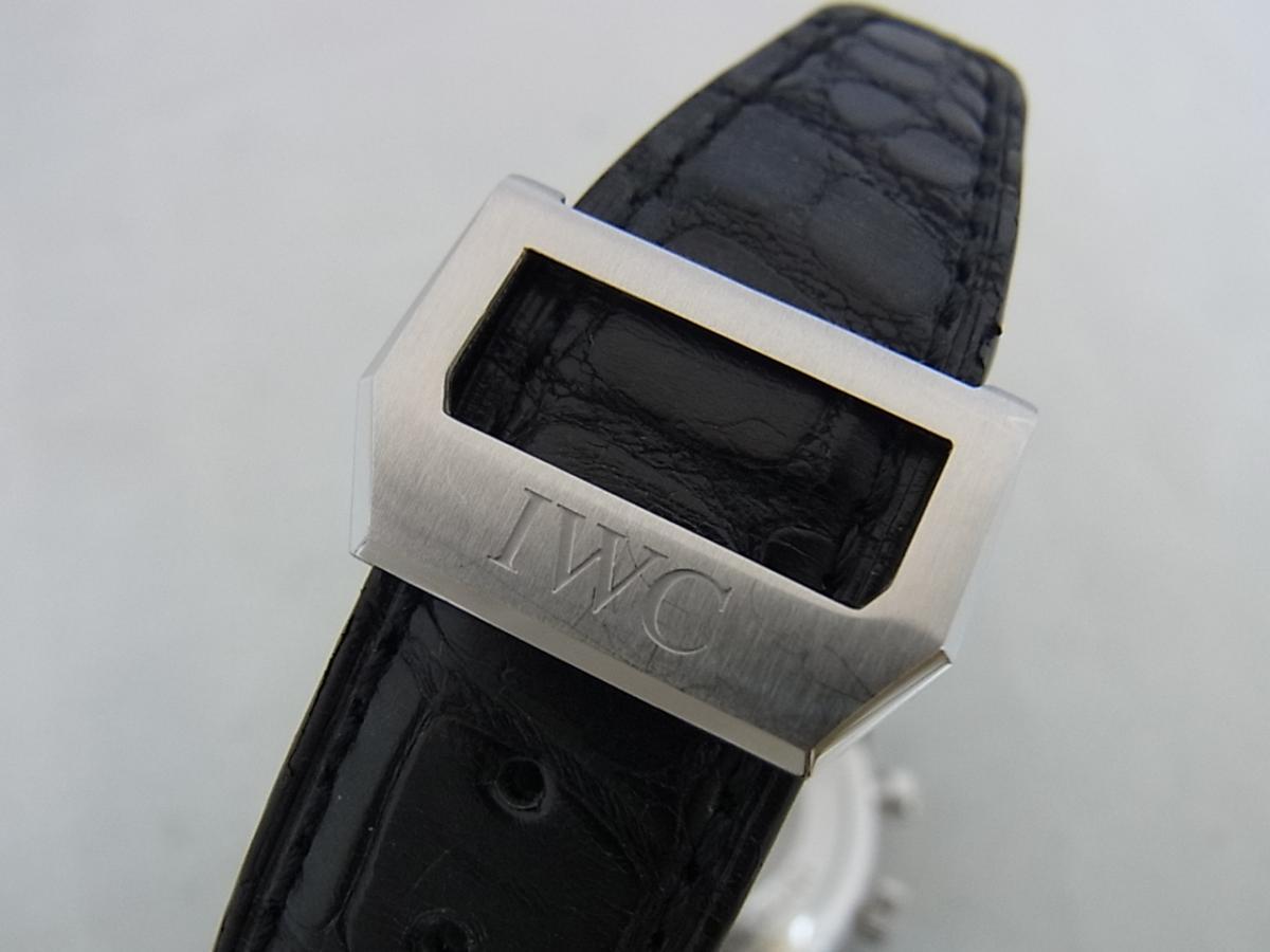IWCポルトギーゼクロノグラフブラックダイヤルIW371447の高価売却とバックル画像
