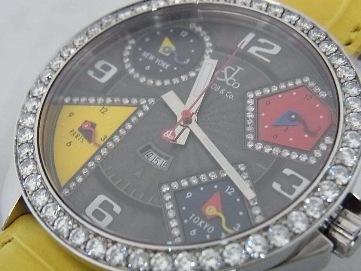 ジェイコブファイブタイムゾーンJC-58DAD ダイヤモンド巻ベゼルの買取り実績とフェイス斜め画像