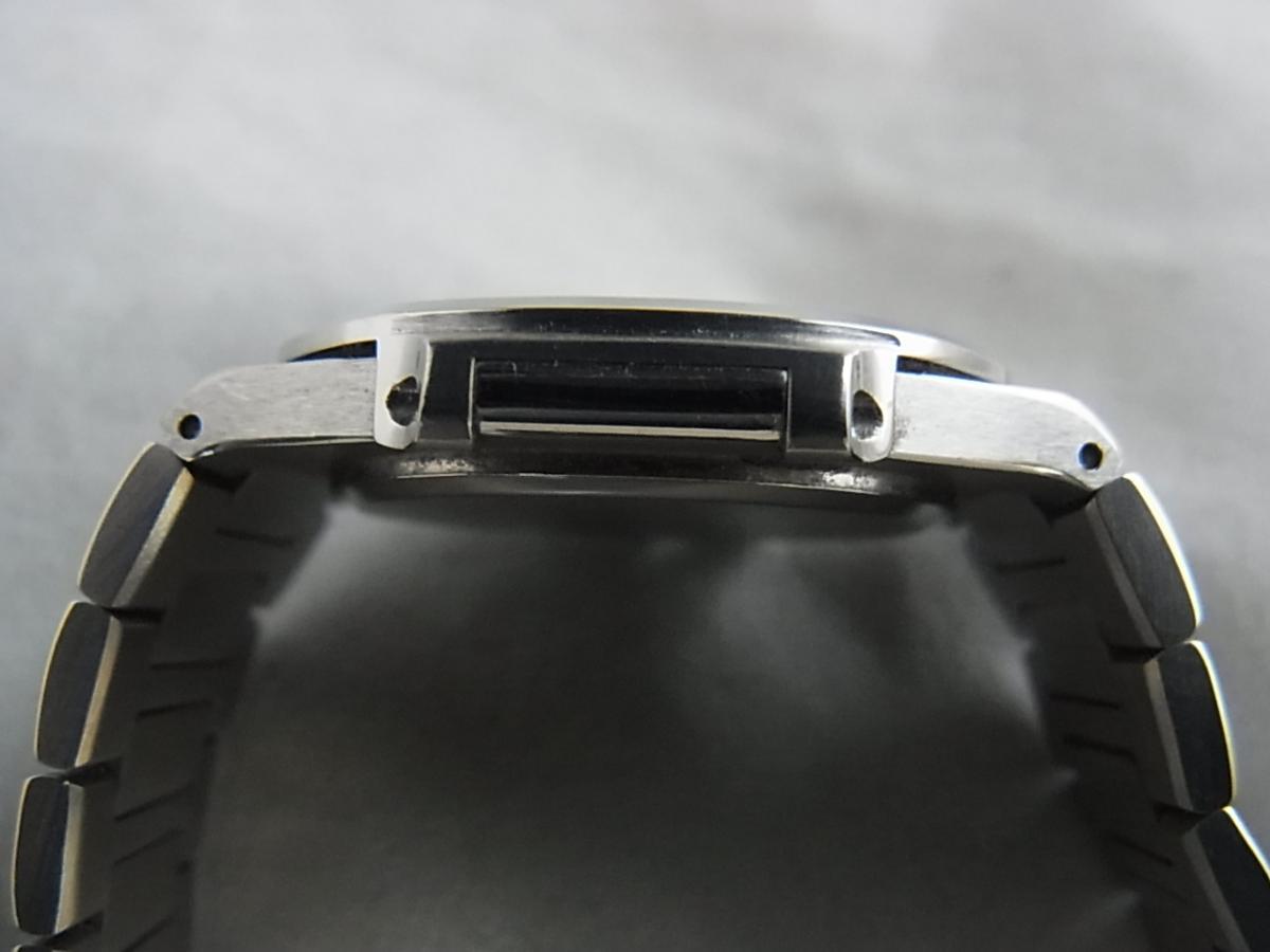 パテックフィリップノーチラスSS 3900/001ユニセックス30㎜ケース1990年代パテックフィリップの高額売却実績と9時ケースサイド画像