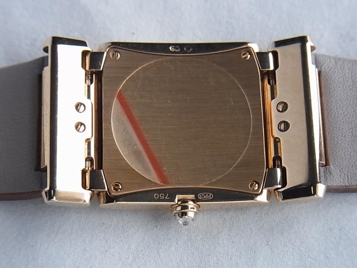パテックフィリップレディースモデル4920R/001の売却実績と裏蓋画像