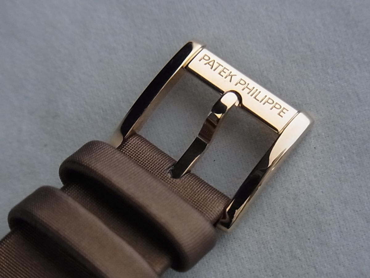 パテックフィリップレディースモデル4920R/001の高価売却と尾錠画像