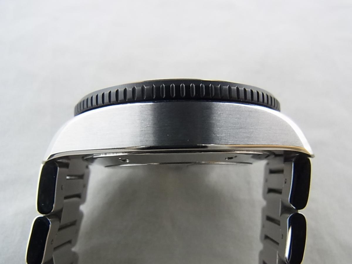 タグホイヤーグランドカレラレーシングキャリバー17RS CAV511C.BA0904の高額売却実績と9時ケースサイド画像