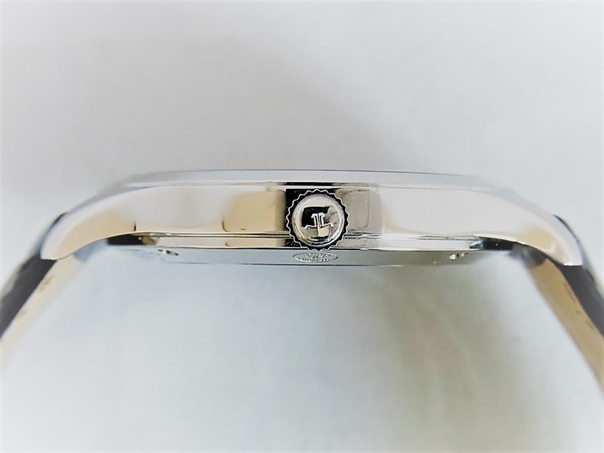 ジャガールクルト マスターコントロール Q1548420 買い取り実績 3時リューズサイド画像
