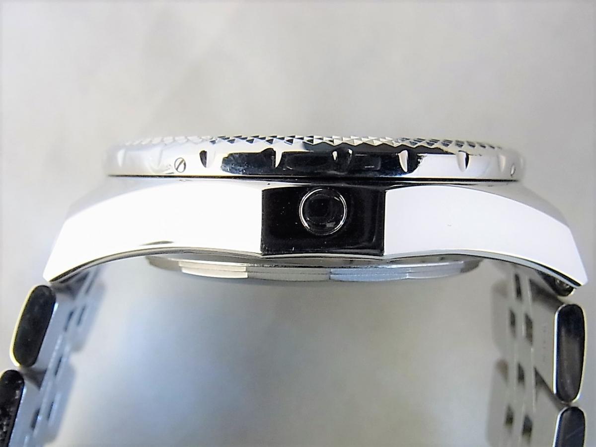 ブライトリング ブライトリング・フォー・ベントレー A26364  高額売却実績 9時ケースサイド画像