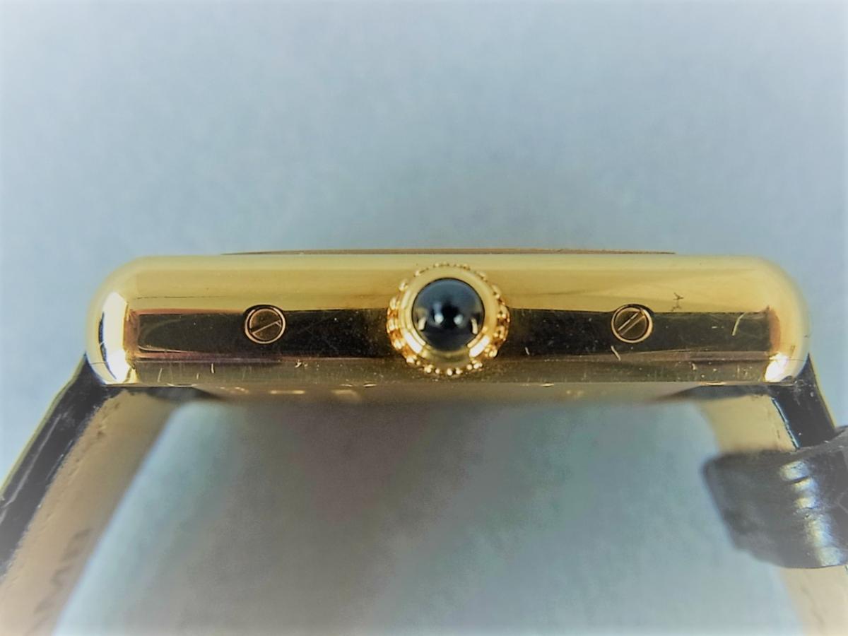 カルティエ18K タンクルイカルティエSM w1529856 箱・カルティエ正規店保証書有 買い取り実績 3時リューズサイド画像 時計を売るならピアゾ(PIAZO)