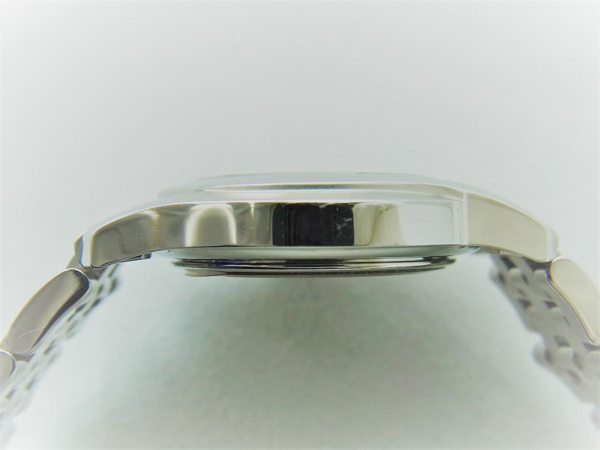 グッチGクラスYA055518 高額売却実績 9時ケースサイド画像 時計を売るならピアゾ(PIAZO)