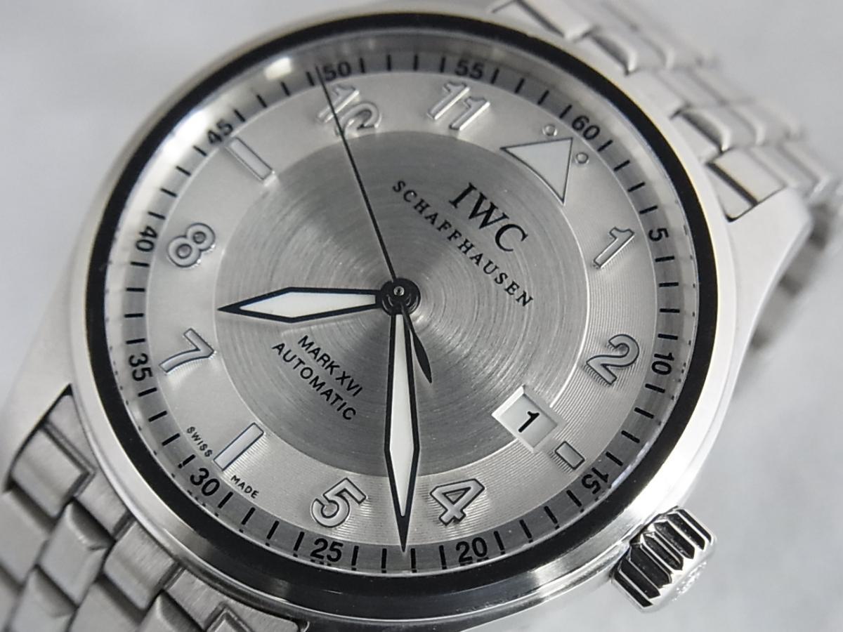 IWC スピットファイア IW325505 買取り実績 フェイス斜め画像 時計を売るならピアゾ(PIAZO)