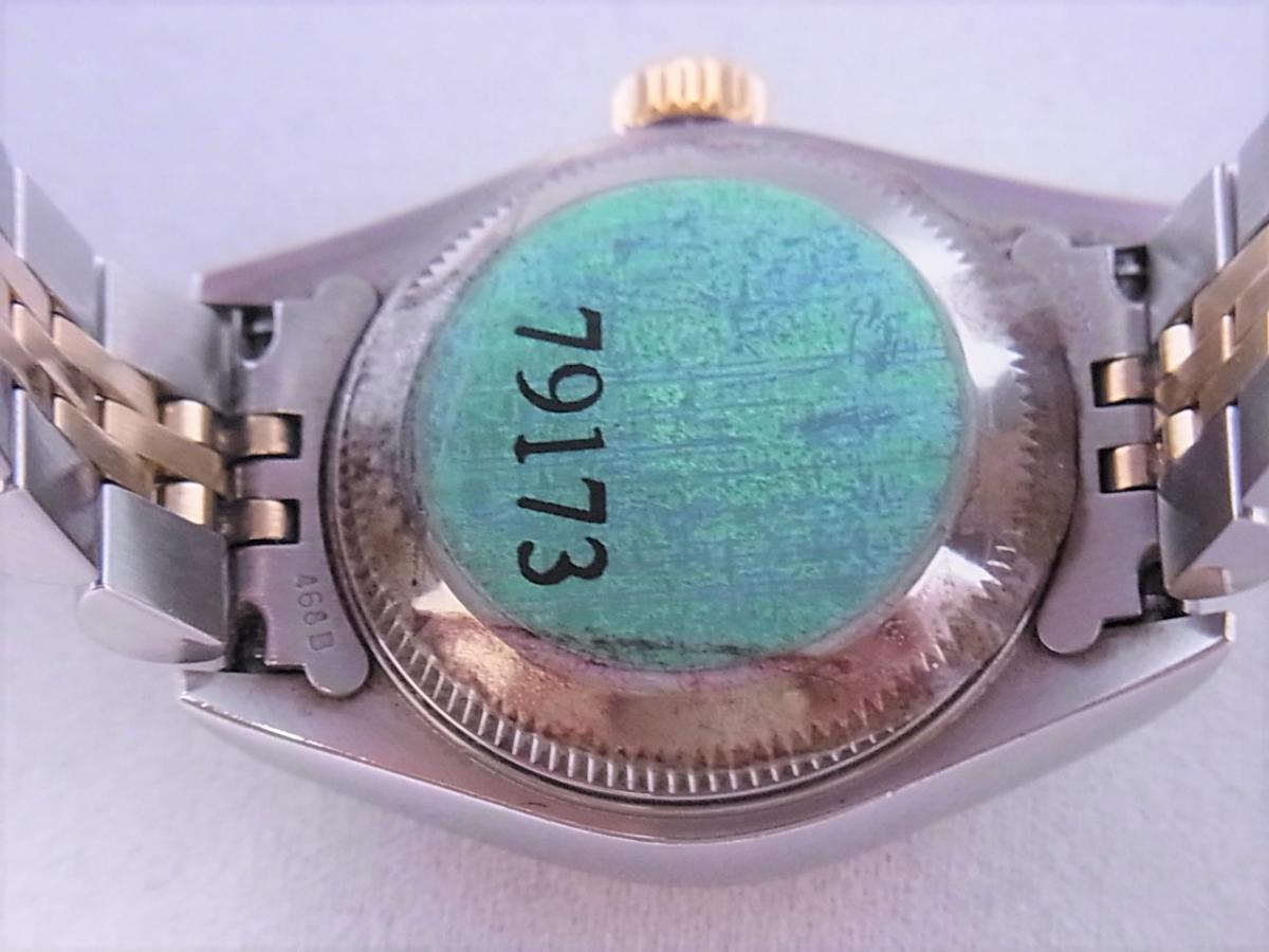 ロレックスデイトジャスト ref.79173NGS パールブルーサファイア文字盤 ロレックスシリアルY番(2002年製造) 売却実績 裏蓋画像 時計を売るならピアゾ(PIAZO)