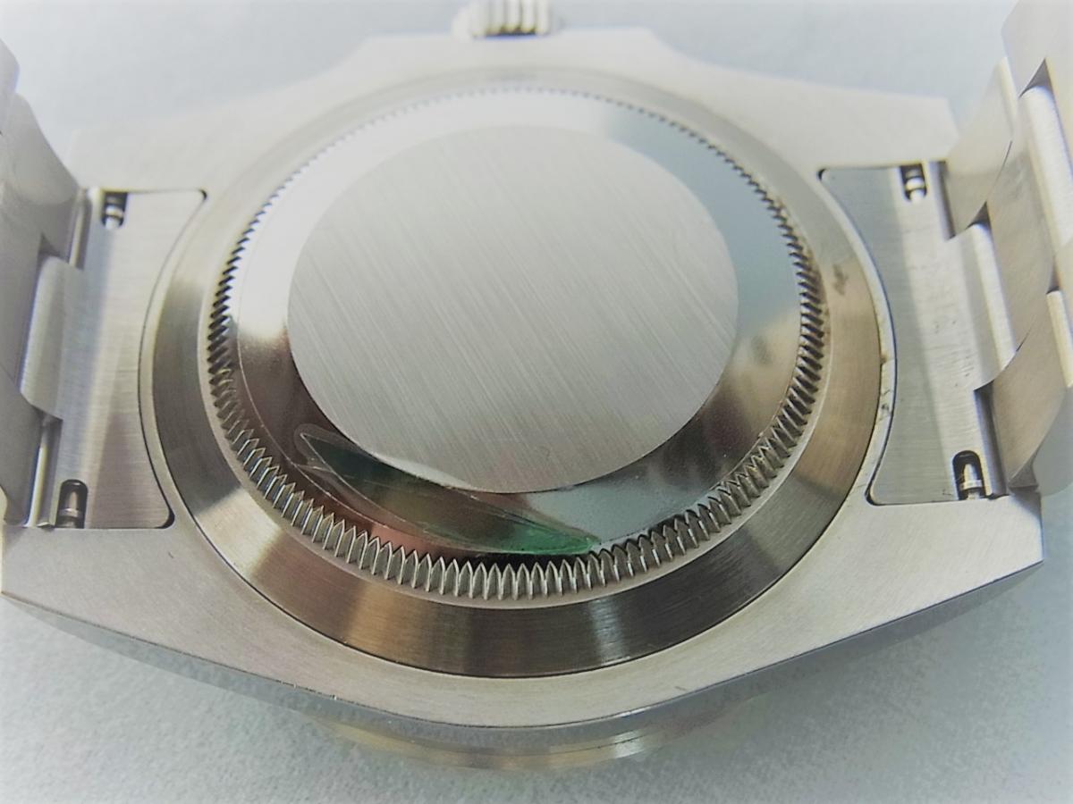 ロレックスグリーンサブマリーナデイトセラミックベゼルグリーンダイヤル116610LV 売却実績 裏蓋画像 時計を売るならピアゾ(PIAZO)