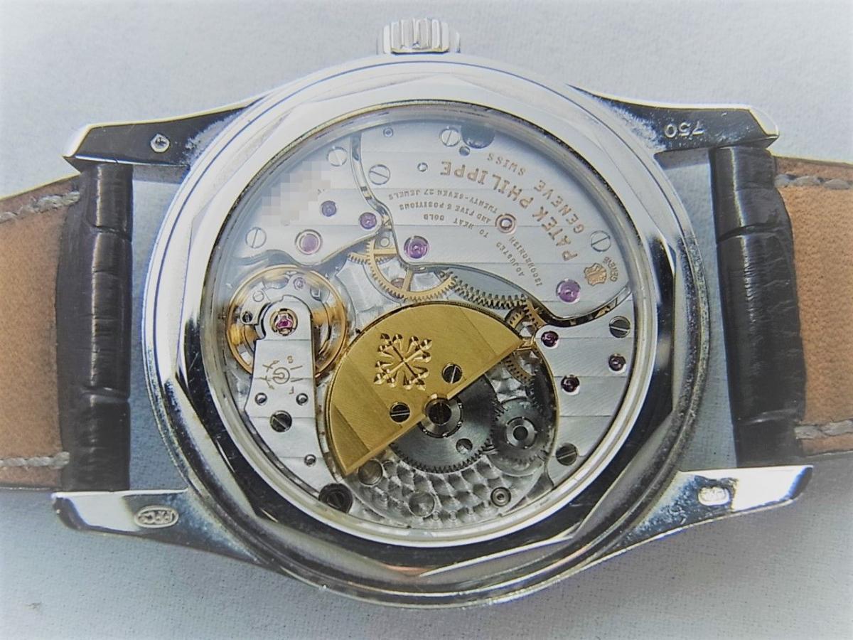 パテックフィリップカラトラバ 6000G  自動巻きCal.240 PS C K18WG 売却実績 裏蓋画像 時計を売るならピアゾ(PIAZO)