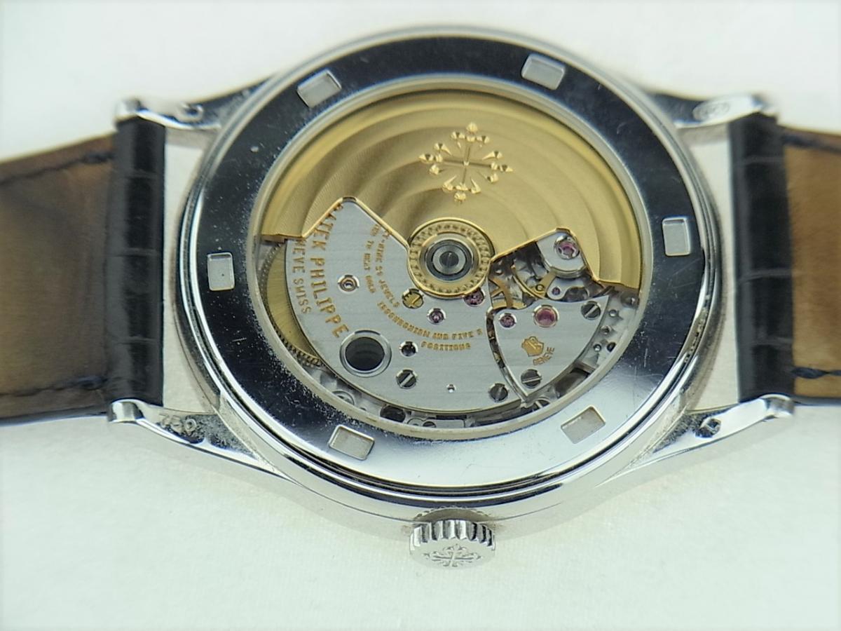 5296G-001 パテックフィリップカラトラバ シルバー5296G-001 メンズ腕時計 売却実績 裏蓋画像 時計を売るならピアゾ(PIAZO)