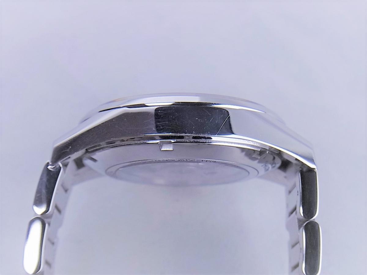 タグホイヤー カレラWAR211A.BA0782 キャリバー5 ステンレススティール 39mmメンズ腕時計 高額売却実績 9時ケースサイド画像 時計を売るならピアゾ(PIAZO)