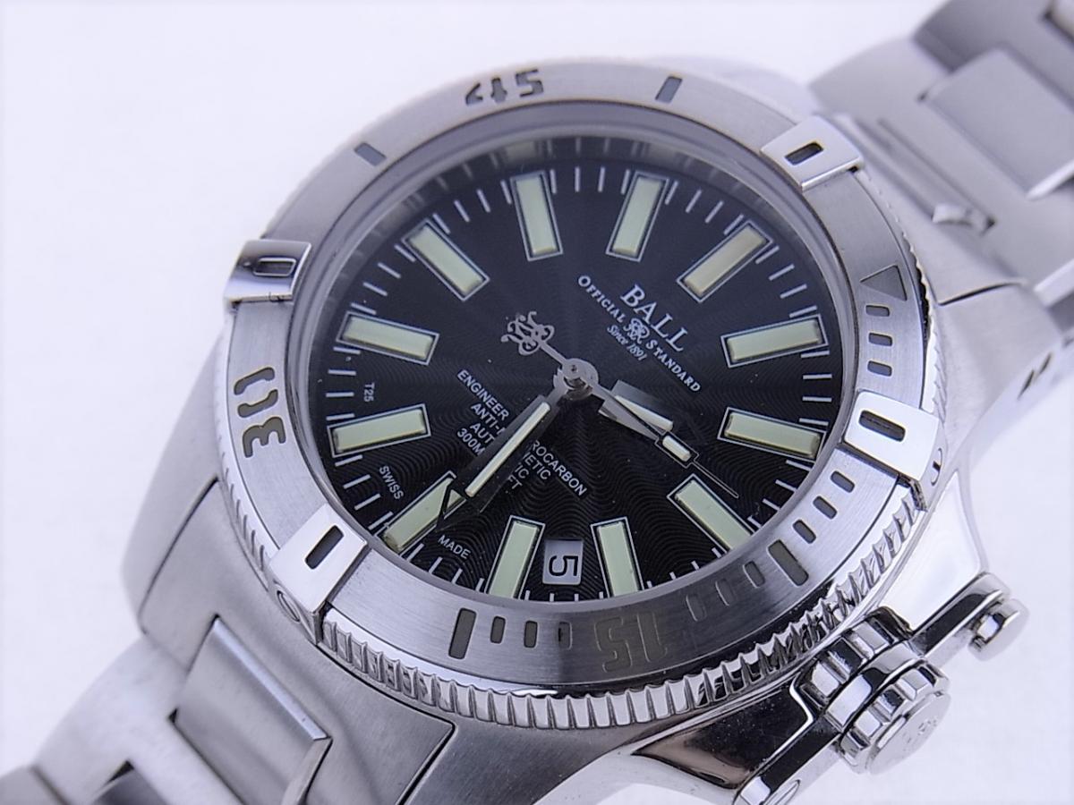 ボールウォッチ エンジニアハイドロカーボンDM1016A-S1J-BK 帯磁性:12000A/M 耐衝撃性:7500Gs 買取り実績 フェイス斜め画像 時計を売るならピアゾ(PIAZO)