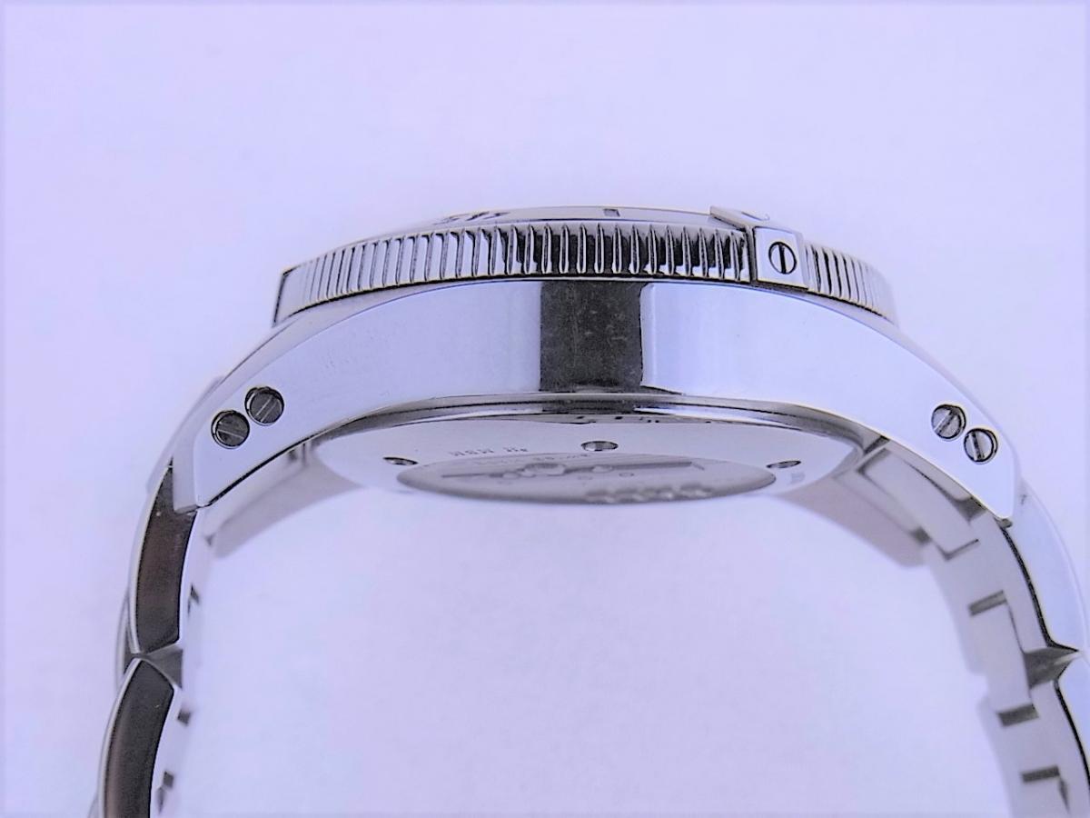 ボールウォッチ エンジニアハイドロカーボンDM1016A-S1J-BK 帯磁性:12000A/M 耐衝撃性:7500Gs 高額売却実績 9時ケースサイド画像 時計を売るならピアゾ(PIAZO)