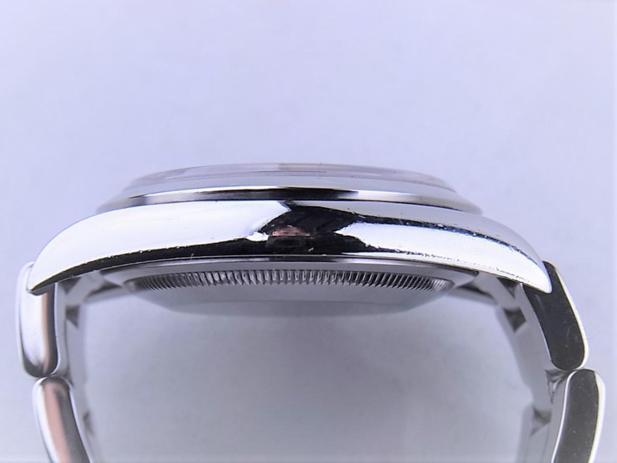 ロレックス エクスプローラー114270 cal.3130 シリアルF番(2003年頃製造) メンズ腕時計 高額売却実績 9時ケースサイド画像 時計を売るならピアゾ(PIAZO)