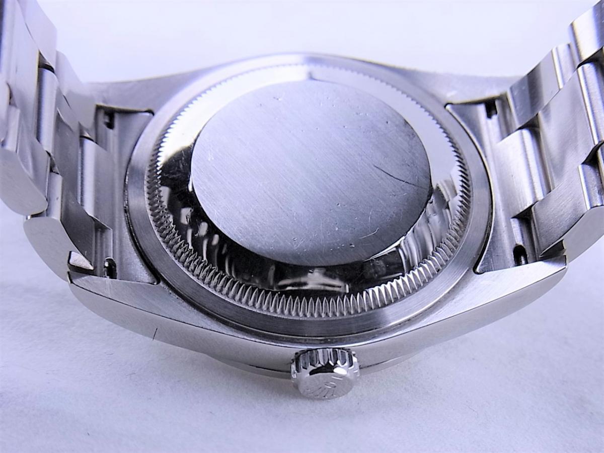 ロレックス エクスプローラー114270 cal.3130 シリアルF番(2003年頃製造) メンズ腕時計 売却実績 裏蓋画像 時計を売るならピアゾ(PIAZO)