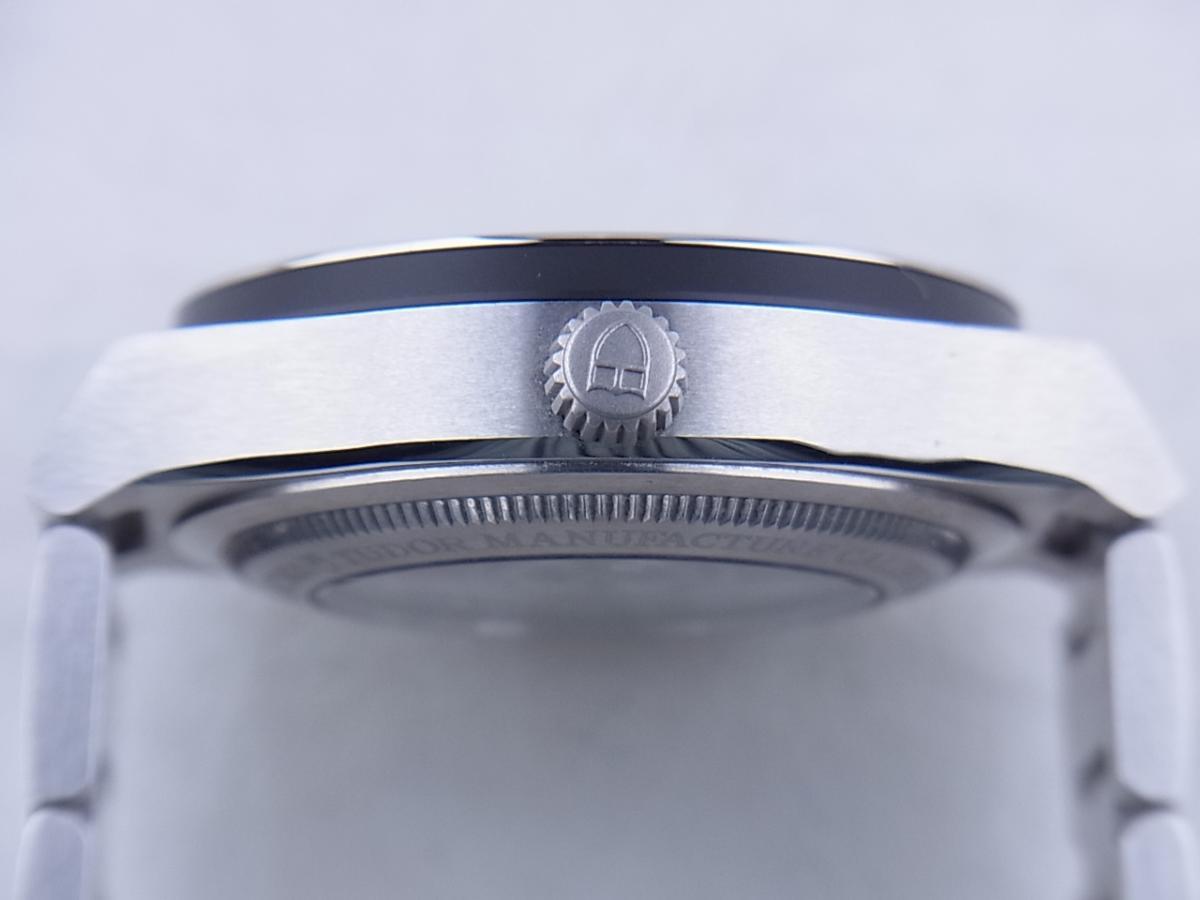 チュードル ノースフラッグ 91210N I番(2003年以降モデル) メンズ腕時計 買い取り実績 3時リューズサイド画像 時計を売るならピアゾ(PIAZO)