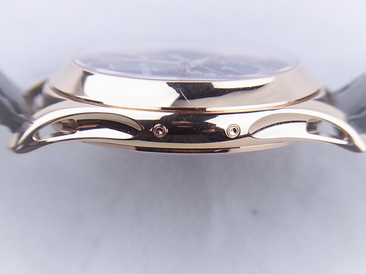 パテックフィリップ アニュアルカレンダー5205R-010 ムーンフェイズ シースルーバック メンズ腕時計 高額売却実績 9時ケースサイド画像 時計を売るならピアゾ(PIAZO)