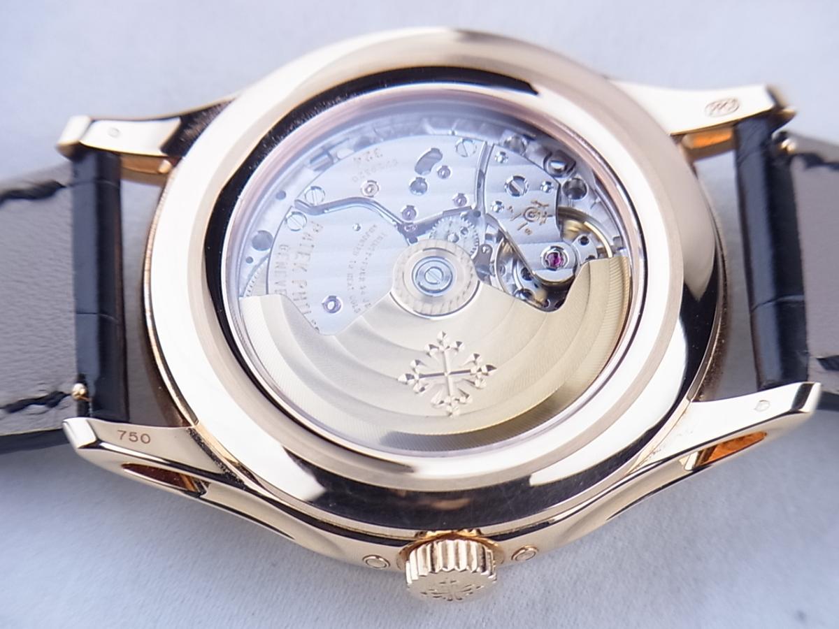パテックフィリップ アニュアルカレンダー5205R-010 ムーンフェイズ シースルーバック メンズ腕時計 売却実績 裏蓋シースルーバック画像 時計を売るならピアゾ(PIAZO)