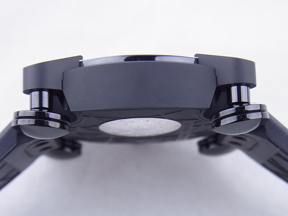 ロマンジェローム スペースインベーダー RJ.M.AU.IN.021.01 世界限定78本 買い取り実績 3時リューズサイド画像 時計を売るならピアゾ(PIAZO)