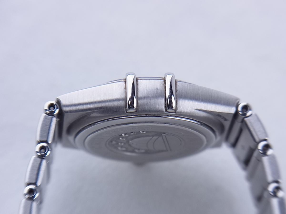 オメガ コンステレーションシンディ―クロフォード1997本1563.85 高額売却実績 9時ケースサイド画像 時計を売るならピアゾ(PIAZO)