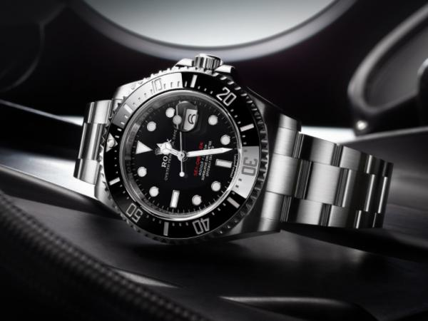 ROLEX-SEA-DWELLER-OYSTER-PERPETUAL-126600