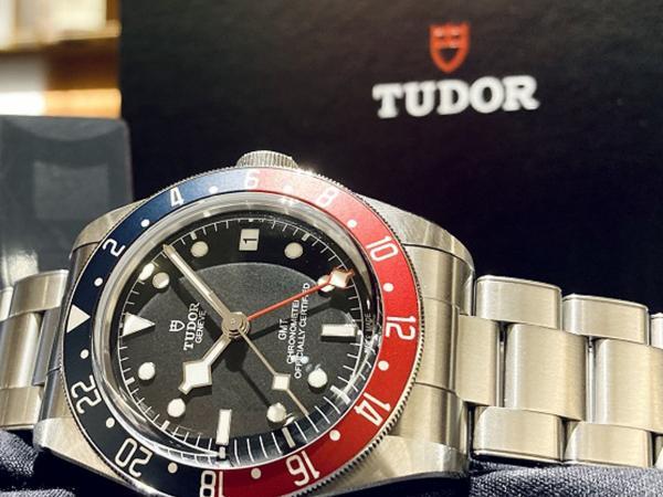 TUDOR-BLACK-BAY-GMT-79830RB