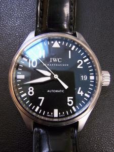 IWC パイロットウォッチ IW325601買取実績