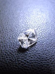 ジュエリー ダイヤモンドLoose-diamondsが高価買取になる理由