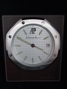 オーデマピゲ ロイヤルオーク Table-Clock-8days買取実績
